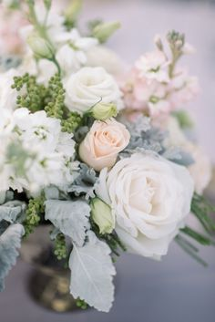 Gray and Peach Wedding Flowers | photography by http://www.seanmoney-elizabethfay.com