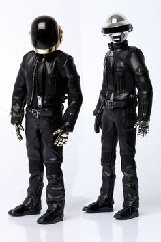 toyhaven: Medicom Toys RAH 1/6 Daft Punk: Tron Legacy Version Preview