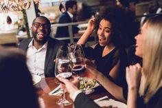 É isso mesmo que vocês leram, o tanino presente no vinho, pode ajudar a combater a infecção de COVID-19, é o que sugere um estudo feito pesquisadores da China Medical University, de Taiwan, publicado pela American Journal of Cancer Research... Continue lendo → 233, Continue, Taiwan, American, Drink Wine, Wine Pairings, Study, Gift, Search