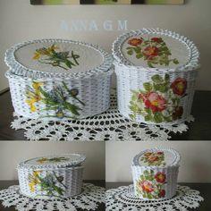 Koše Newspaper Basket, Newspaper Crafts, Creative Crafts, Diy And Crafts, Paper Basket Weaving, Sun Paper, Cane Baskets, Tie Dye Crafts, Paper Furniture