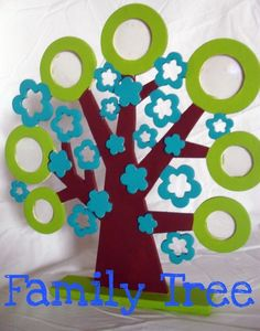 View these Fun and Creative Family Tree craft Template Ideas to help entertain your family on Fathers day.These Family Tree craft Template Ideas are a fast and easy. Family Tree For Kids, Free Family Tree, Family Holiday, Family Crafts, Crafts For Kids, Shape Crafts, Tree Shapes, Tree Crafts, Preschool Art
