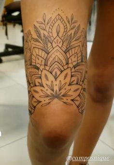Hip Thigh Tattoos, Leg Tattoos Women, Knee Tattoo, Leg Sleeve Tattoo, Stomach Tattoos, Dope Tattoos, Pretty Tattoos, Mini Tattoos, Body Art Tattoos