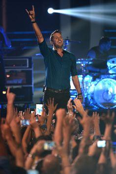 Luke Bryan - 2014 CMT Music Awards - Show
