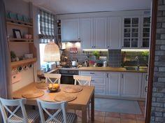 Cum sa-ti transformi bucataria intr-una moderna - model de reamenajare- Inspiratie in amenajarea casei - www.povesteacasei.ro