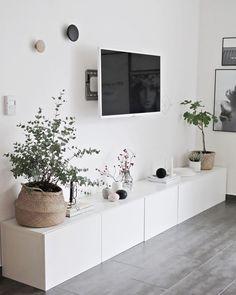 Uberlegen Home Decorating Ideas Modern Ikea Besta Sideboard Plenty Of Storage Space  Flat Screen U2013 Flowers In The Living Room Home Decorating Ideas Modern  Source ...