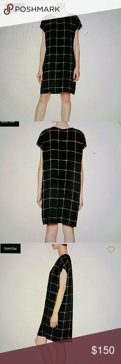 VINCE silk window pane shift dress NWT VINCE silk window pane shift dress, NWT. Size M Vince Dresses