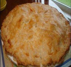 The Best Classic Chicken Pot Pie Recipe – Homemade chicken pot pie with flaky pie crust and creamy chicken pot pie filling. This chicken pot pie recipe is loaded with flavor. Best Chicken Pot Pie, Homemade Chicken Pot Pie, Cream Of Chicken Soup, Creamy Chicken, Pie Recipes, Chicken Recipes, Cooking Recipes, Easy Recipes, Chicken Meals