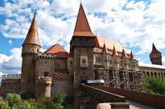 3-Day Tour in Transylvania with Hunyadi or Corvin Castle and Targu Jiu from Bucharest Enjoy a remarkable tour that will take you on a journey to discover some of the most beautiful sites of Transylvania and works of the renowned artist Constantin Brancusi. Visit the medieval towns of Brasov and Sibiu with their narrow streets and discover old fortresses and castles like Bran, Rasnov, Peles, Fagaras. On your way to Bucharest, you will stop at Târgu Jiu , the capital of Gorj Cou...
