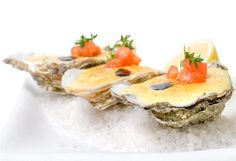 Gratinated oysters with Champagne sabayon