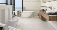 best trend 2012 - white wooden floor in the bathroom with ceramic tiles!