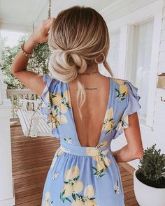 main squeeze 🍋 babe in the Sweet Pea Dress - link in bio to shop! Spring Summer Fashion, Spring Outfits, Winter Fashion, Summer Dress Outfits, Summer Clothes, Diy Clothes, Cute Dresses, Cute Outfits, Trendy Outfits