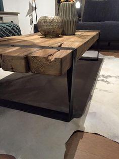 industrial loft design, ipari loft bútor, loft bútor, loft l Timber Furniture, Furniture Design, Deco Cool, Rustic Wooden Table, Wood Table Design, Best Home Interior Design, Iron Table, Living Room Windows, Loft Design