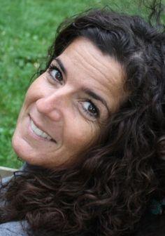 Yogalehrerin Tanja Trundt, selbst hörgeschädigt
