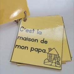 Classroom tips & tricks, resources and teaching ideas for the primary French classroom - immersion or French first-language French Teaching Resources, Teaching French, Teaching Ideas, Sight Words List, Sight Word Games, Make Flash Cards, Reading Buddies, Data Binders, French Worksheets
