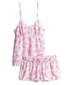 Floral pink pajama set. H&M. #HMPASTELS