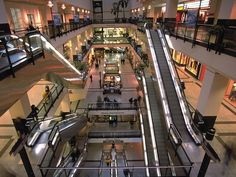 Shopping in Montreal - Underground City