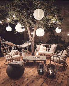 Bohemian Decor For An Outside Space