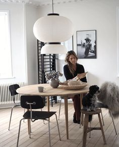 Sustainable Furniture, Hanging Canvas, Nordic Home, Apartment Interior Design, Modern Kitchen Design, Timeless Design, Dining Area, Round Tables, Living Room