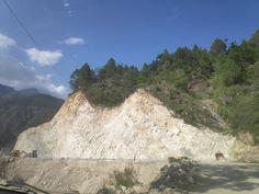Uttarakhand Himalaya: आल वेदररोड के नाम पर उत्तराखंड मेंपहाड़ों का कत्ल...