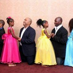 Beautiful future sistergreeks! Positive black families period #daddy'slittleprincess!
