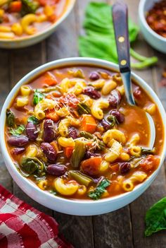 Loaded with flavor, this Italian Minestrone Soup is healthy, comforting, and delicious! We're taking a quick break from the sweets today to celebrate the most wonderful time of the . Italian Minestrone Soup Recipe, Italian Soup, Italian Recipes, Cheesy Potato Soup, Cheesy Potatoes, Baked Potatoes, Soup Recipes, Cooking Recipes, Healthy Recipes