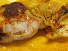 Imagem Red Fish, Food Dishes, Slow Cooker, Shrimp, Food And Drink, Cooking Recipes, Meat, Chicken, Chicken Patty Recipes