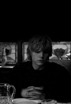Evan Peters / American horror story (GIF) *shivers* this is so hot. Tate losing it. Gets me every time