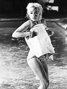 Marilyn monroe frasi yahoo dating
