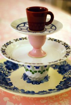 DIY dessert stand from thrift strore plates and cups!