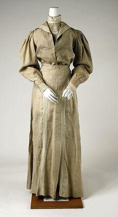 Sailor suit Date: ca. 1895 Culture: American Medium: linen Dimensions: Length at CB (a): 18 1/4 in. (46.4 cm) Length at CF (b): 13 in. (33 c...