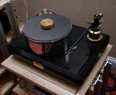 Micromega Hi End, Record Players, High End Audio, Phonograph, Hifi Audio, Sound & Vision, Audiophile, Turntable, Vinyl Records