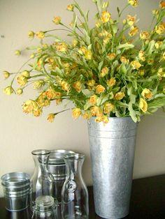 simple floral arrangement