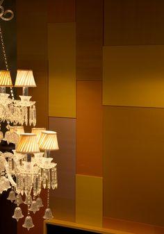 silk wallpaper : kinufushi Silk Wallpaper, Craftsman, Surface, Table Lamp, Chandelier, Ceiling Lights, Display, Traditional, Texture