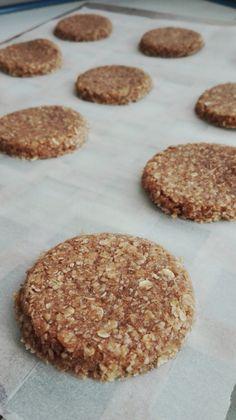 Galletas de Avena y Coco Sweet Recipes, Vegan Recipes, Healthy Food Alternatives, Super Cookies, Healthy Sweets, Kefir, Food Cakes, Cookie Recipes, Food To Make