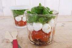 LowFODMAP  Caprese lunch salad in a jar