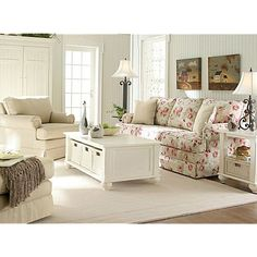 Love this as a beachy cottage living room!