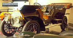 La Alco American-Berliet Four - Touring 7 pass, cet ancien véhicule fut fabriqué en1908 et vendu pour le prix de 8500 dollars, elle avait une carrosserie torpédo 4 portes 5 à 7 places et un moteur 4 cyl de 453 cid - 40cv.