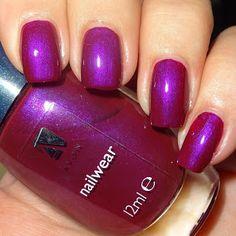 Wendy's Delights: Avon Nailwear Nail Polish - Decadence @avonuk #avonuk #avoncosmetics #avonnailpolish #purplenails #shimmernails