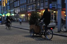 nothing beats a bakfiets.