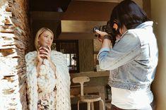 #merinowool Chunky knit shoot #BTS #photographer #decor Instagram @Mooo_wool Knitted Blankets, Merino Wool, Fur Coat, Bts, Knitting, Instagram, Decor, Fashion, Moda