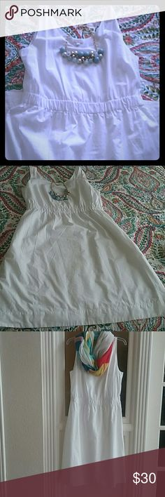 GAP A-line dress This dress is very versatile. The possibilities are endless! Bin#2 GAP Dresses Midi