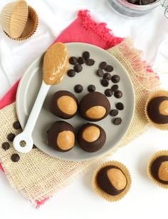 """Challenge everything you know about healthy desserts and """"cheat foods"""" by checking out this collection of recipes given a boost with protein powder. Protein Burger, Protein Donuts, Protein Bites, High Protein, Protein Muffins, Protein Cookies, Protein Cheesecake, Protein Cake, Protein Foods"""