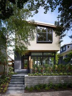 Casa Clásica con Tintes Modernos