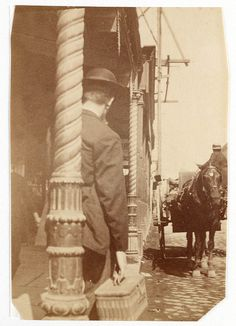37 Amazing Vintage Photographs That Show Street Scenes of Sydney, Australia in the Late Century Victorian Street, Sydney City, Sydney Australia, Vintage Photographs, Historical Photos, Old Photos, Street Photography, 19th Century, Past
