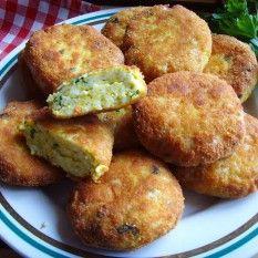 Kotleciki jajeczne,smaczne i chrupiace. Polish Recipes, New Recipes, Cooking Recipes, Polish Food, Food For Thought, Baked Potato, Muffin, Potatoes, Dishes