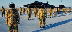 SR-71 Pilots in Pressurized Uniforms, 1980's (Blackbird pilots) [2048x928]