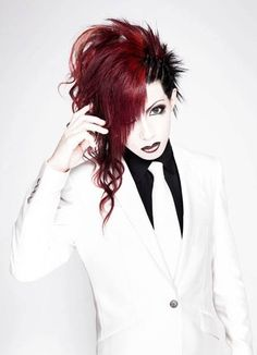 So, if you guys didn't know, Kisaki now has an official page on Facebook. It's brand new, hasn't even been up for a full day yet, and as of this exact moment only has 527 likes. This man has done so much, so I think he would appreciate it if you supported him by liking the page and being up-to-date on the latest news and even sharing old show experiences and pictures. Here's the link: https://www.facebook.com/kisakiofficial?hc_location=stream