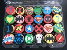 Superhero 1st birthday cupcakes - Batman, Superman, Robin, Thor, Hulk, Ironman, Deadpool, Green Lantern, Captain America, Flash, Black Widow, Xmen Cupcakes