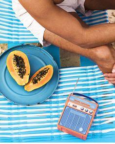 Sunnylife speaker for the beach Summer Sun, Summer Vibes, Sunnylife, Orange Peel, Hot Dog Buns, Retro, Beach, Soundtrack, Scooby Doo