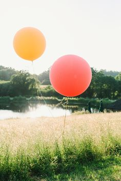 Giant Helium Balloons Yew Tree Lakes Wedding Charlotte Hu Photography #GiantBalloons #HeliumBalloons #Balloons #WeddingBalloons #Wedding Giant Balloons, Helium Balloons, Tipi Wedding, Our Wedding, Wedding Balloons, East Sussex, Maid Of Honor, Wedding Inspiration, Wedding Ideas